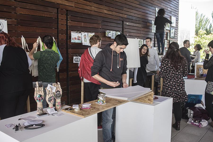 Volare 2018. II Feria de artes plásticas y diseño.   Escuela de Arte ...